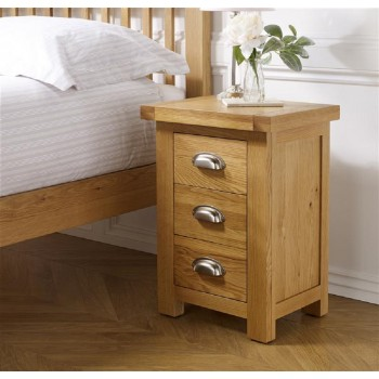 Woburn Oak Small Bedside Cabinet (Assembled)