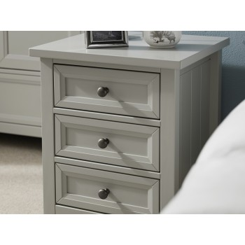 Maine Dove Grey Bedside